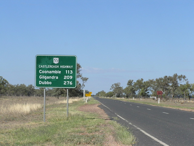 Gilgandra Australia  City new picture : Distance sign heading south from Walgett. This sign is probably a poor ...