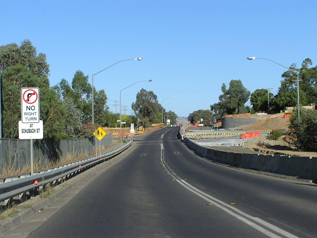 Ozroads: National Route 58 & Riverina Highway